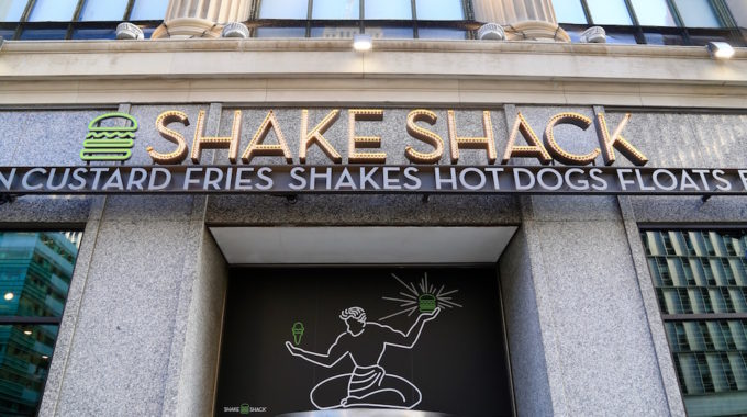 Shake Shack Shakes Up Downtown Detroit With Grand Opening On Woodward Ave - Opportunity Detroit