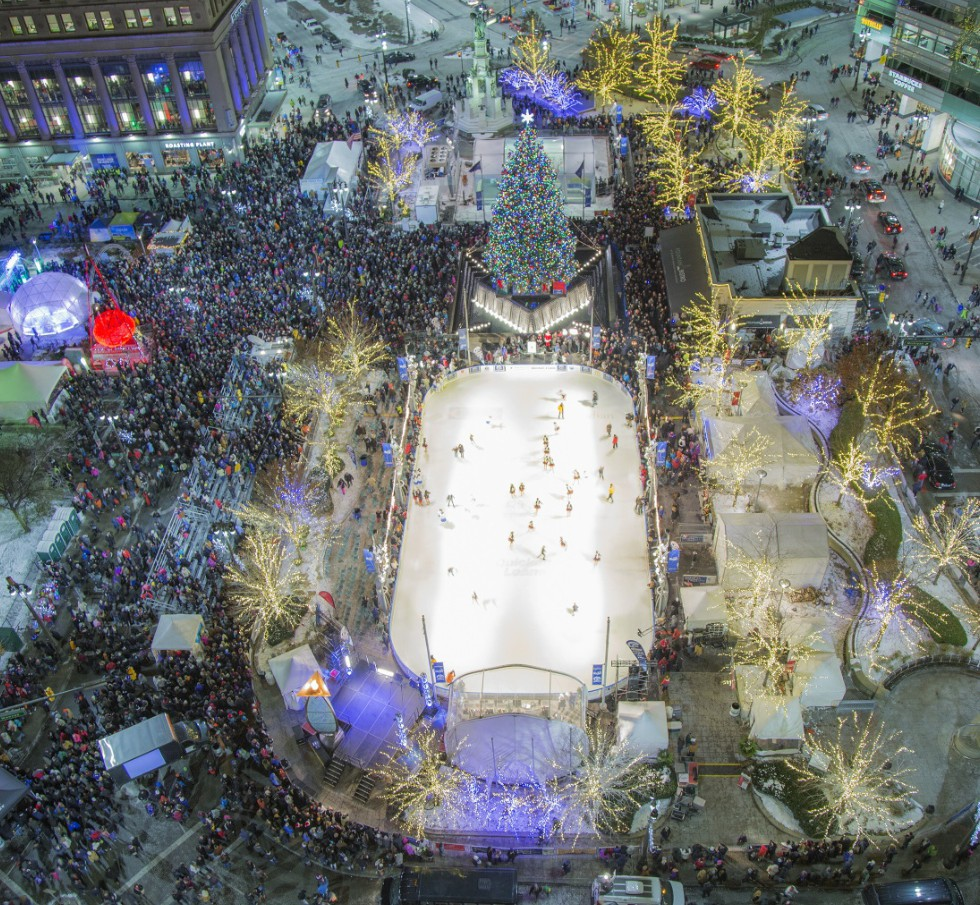 Detroit Tree Lighting Ceremony Illuminates Campus Martius Park On Nov. 18