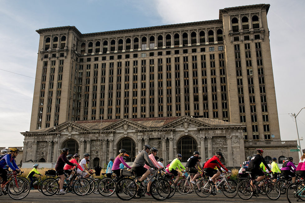 Rolling Through The City With Tour De Troit
