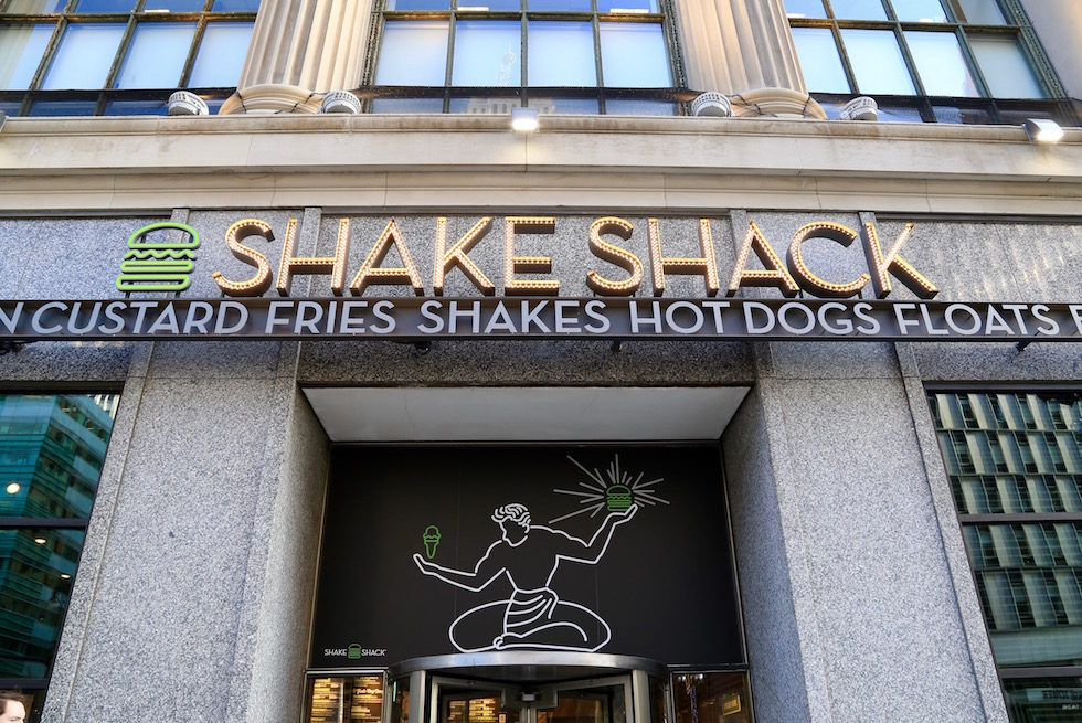 Shake Shack Shakes Up Downtown Detroit With Grand Opening On Woodward Ave