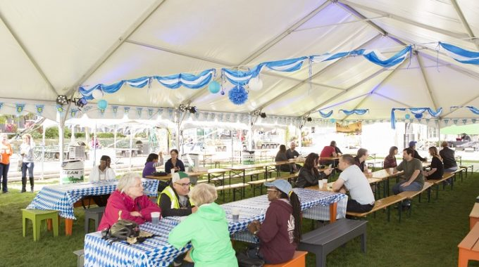 Don Your Lederhosen And Dirndls: Where To Celebrate Oktoberfest In Detroit – Opportunity Detroit