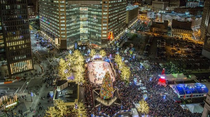 Downtown Detroit's 15th Annual Tree Lighting Ceremony – Opportunity Detroit